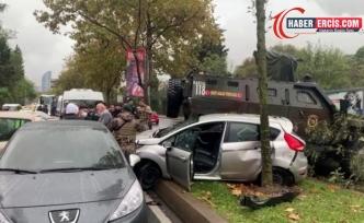 Zırhlı araç 6 araca çarptı: 3 yaralı