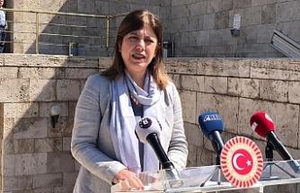 Meclis merdivenlerinden düşen HDP'li Beştaş yaralandı