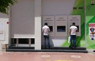Van'da banka görevlisinde koronavirüs çıkınca banka şubesi kapatıldı