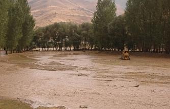 Van'da yıldırım düştü: 1 çocuk hayatını kaybetti