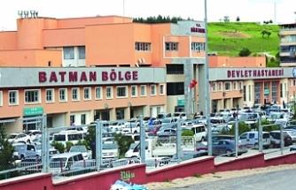 Batman Bölge Hastanesi'nde 60 sağlıkçı yemekten zehirlendi