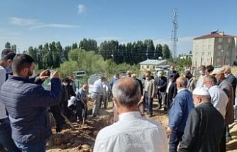 Van'da helikopterden atılan Servet Turgut toprağa verildi