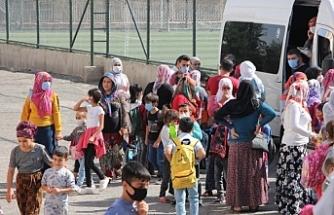 Çocuklar servis ücretlerinden dolayı okula gidemiyor