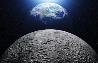 NASA: Ay'ın güney yarım küresinde bir kraterde su keşfedildi