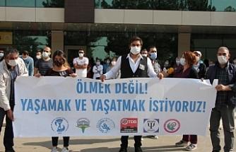 'Sağlıkçıların ölmesi bekleniyor'
