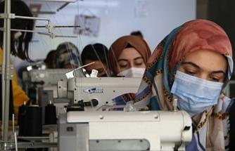 Van'da Açtığı tekstil kadınların istihdam alanı oldu