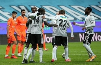 Beşiktaş, son şampiyon Başakşehir'i 3-2 mağlup etti
