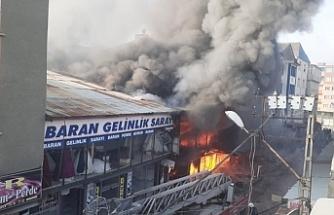 Van'da Rus Pazarı'nda yangın