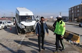 Van'da trafik kazası: 11 kişi yaralandı