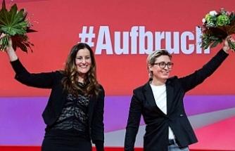 Sol Parti'ye iki kadın eşbaşkan seçildi
