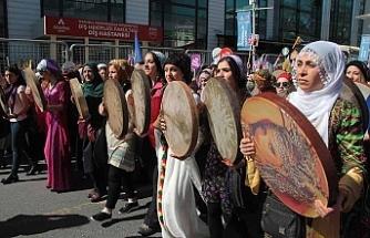 Diyarbakır 8 Mart mitingine hazır