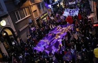 İzmir, Ankara ve İstanbul'da kadınlardan 8 Mart Yürüyüşü