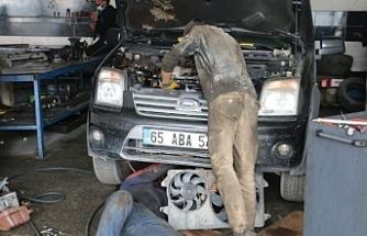 Van'da sanayi işçileri karın tokluğuna çalıştırılıyor