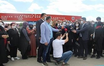 AKP'li Usta Kobanê Davası hakimine başarılar diledi