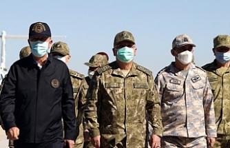 Asker kayıpları ardından Akar Şırnak'ta