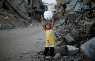Gazze'de her saat başı 3 çocuk yaralanıyor