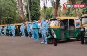 Koronavirüs krizi: Hindistan'ın meşhur çekçekleri ambulansa dönüştü