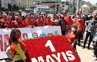 Sendika ve meslek örgütleri 1 Mayıs'ı Taksim'de kutladı