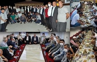 Sokağa çıkma yasağını delen AKP'liler toplu hatıra fotoğrafı çekti