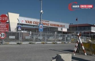 Van'da tutukluya 'iyi hal' sorusu: Çıktığında HDP'de çalışacak mısın?