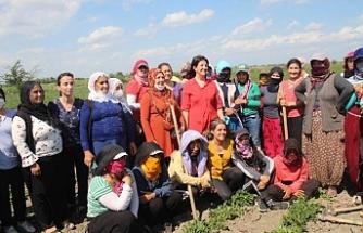 Buldan tekstil, tarım işçileri ve Figen Yüksekdağ'ın ailesini ziyaret etti