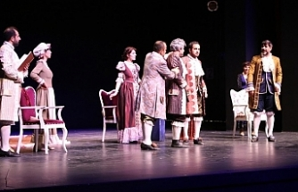'Tartuffe' Van'da seyirciyle buluştu