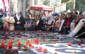 Cumartesi Annelerinden Kulp'ta katledilen 11 köylü için adalet çağrısı