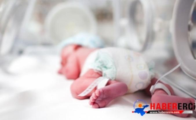 Uyarıya Rağmen Sezaryeni Reddeden Kadın, Bebeğini Evde Ölü Doğurdu