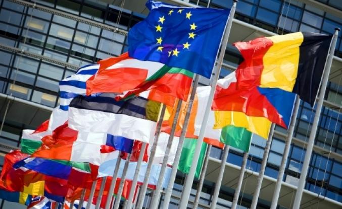 'AB'de Türkiye'ye 3 milyar euroyu kim verecek tartışması yaşanıyor'