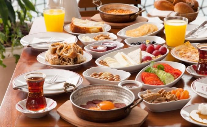 'Kahvaltı zayıflamak için gerekli' efsanesi çürütüldü