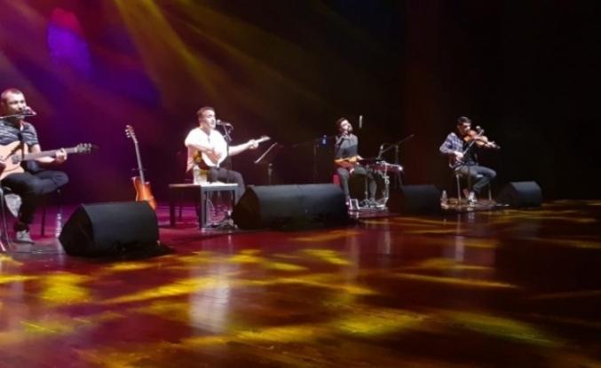 Mem Ararat'ın konserine yoğun ilgi