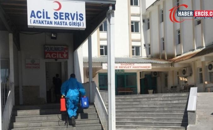 Başkale'de 10 sağlık çalışanının testi pozitif çıktı