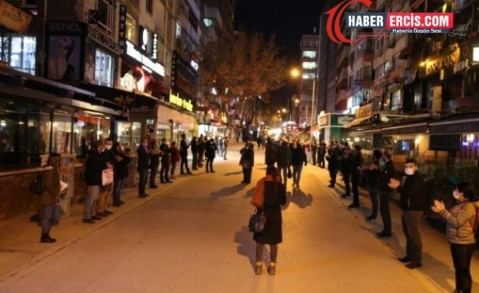 KABARE'den 'batıyoruz' eylemi