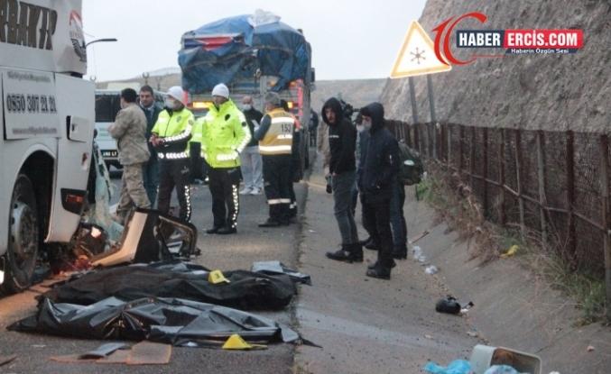 Vanlı 3 genç trafik kazasında hayatını kaybetti