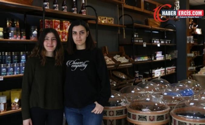 Van'da Engel tanımayan iki kadın