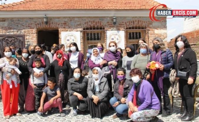 HDP heyeti kadınları dinledi: Sesimizi duyurun