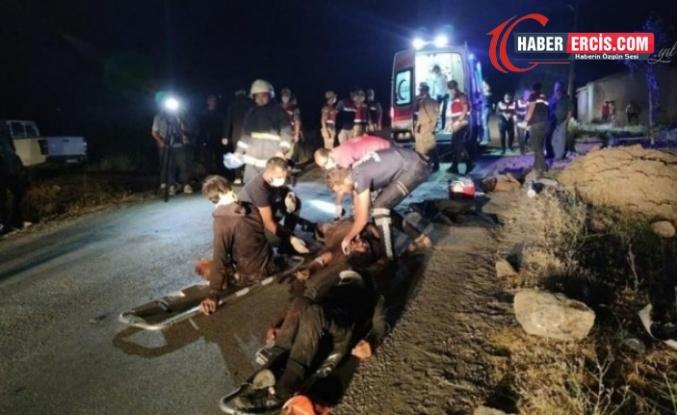 Van'da mültecileri taşıyan minibüs devrildi: 12 ölü, 20 yaralı