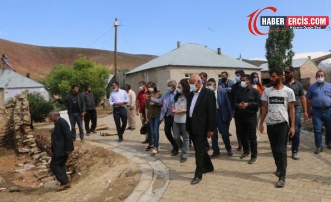 HDP'li heyetten Çaldıran'da sel bölgesine ziyaret