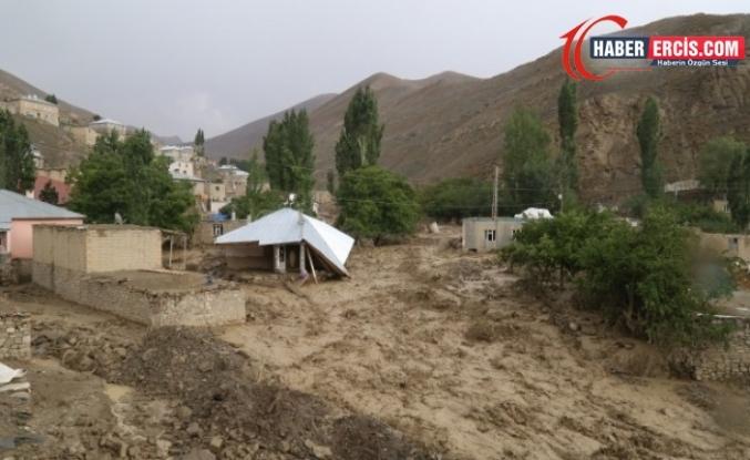 Van'da Xaşkanlılar tepkili: Depremde de selde de yardım gelmedi