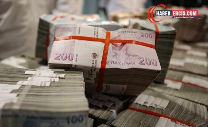Cumhurbaşkanlığı faaliyet raporu: Vakıf ve derneklere yüz milyonlarca lira aktarmışlar