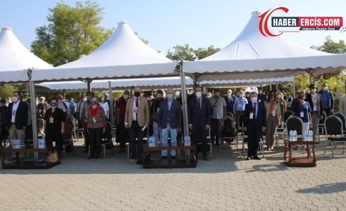 TTB'nin kongresi başladı: Sağlık çalışanlarının çığlığı olduk