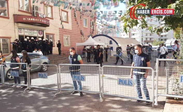 HDP'li 4 eşbaşkanın gözaltı süresi uzatıldı