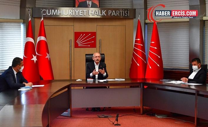 Kılıçdaroğlu: Bütün öğretmenlerin kadrolu ve güvenceli olması lazım